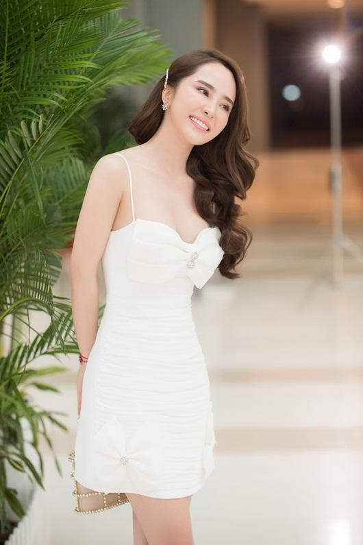 Diễn viên Quỳnh Nga tiết lộ chế độ ăn nghiêm ngặt mỗi ngày để giữ eo thon, dáng đẹp - Ảnh 3