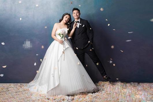 Trọn bộ ảnh cưới đẹp như mơ của trung vệ Bùi Tiến Dũng và cô dâu Khánh Linh - Ảnh 3