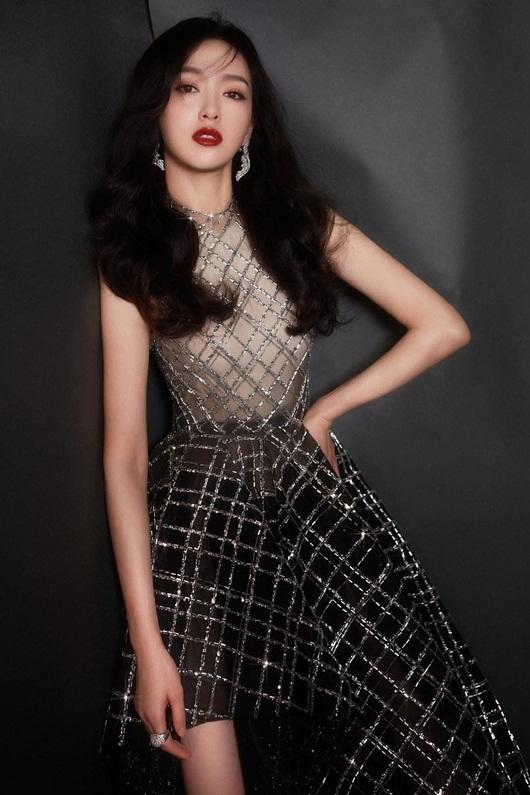 """Dương Mịch, Đường Yên xinh đẹp, lộng lẫy nhưng bị """"lấn át"""" bởi một mỹ nam - Ảnh 8"""