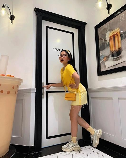 Phương Mỹ Chi diện đồ hiệu hàng chục triệu, phong cách thời trang ngày càng đúng tuổi - Ảnh 8
