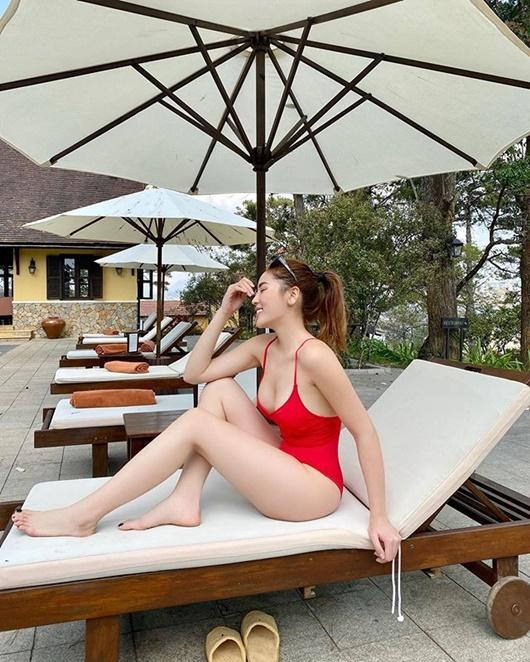 Hoa hậu Kỳ Duyên diện bikini đỏ rực khoe dáng quyến rũ ở Đà Lạt - Ảnh 3