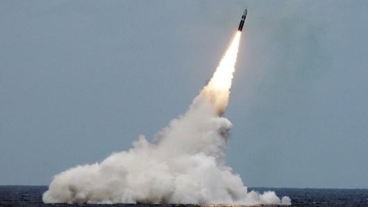 Mỹ phóng thử thành công tên lửa Trident II có khả năng mang đầu đạn hạt nhân - Ảnh 1