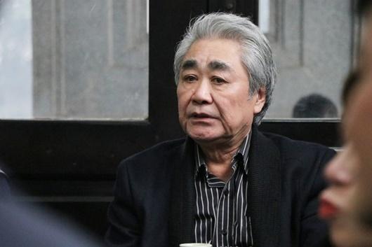 Dàn nghệ sĩ Việt đau buồn, bật khóc nức nở khi đến tiễn đưa NSƯT Vũ Mạnh Dũng - Ảnh 7