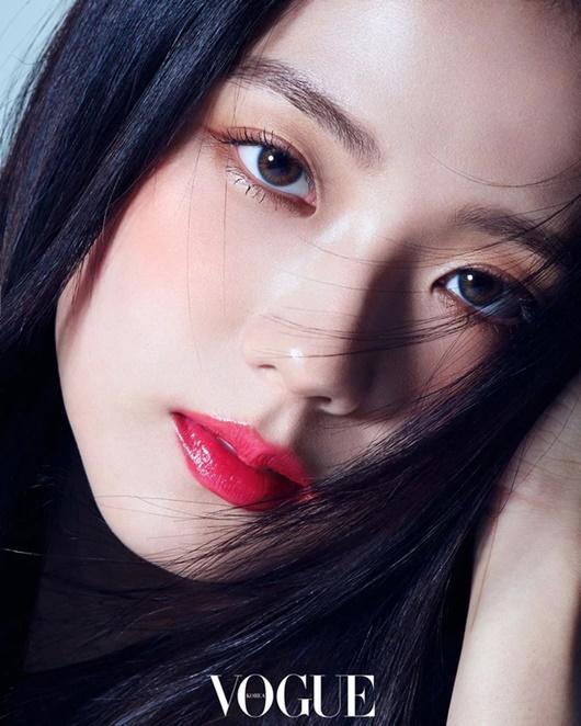 """Nhan sắc đời thường gây xao xuyến của """"nữ thần Kpop"""" Jisoo - Ảnh 11"""