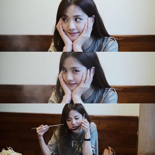 """Nhan sắc đời thường gây xao xuyến của """"nữ thần Kpop"""" Jisoo - Ảnh 3"""