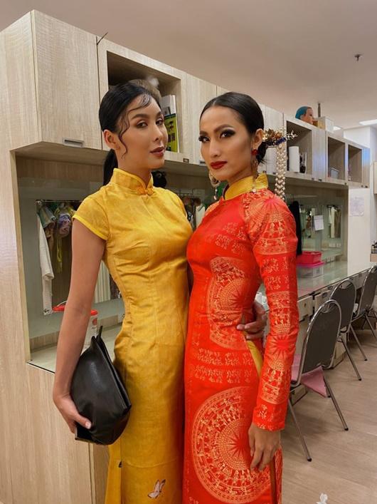 Quốc phục đỏ rực, đầy quyền lực của Hoài Sa ở Hoa hậu Chuyển giới Quốc tế 2020 - Ảnh 5