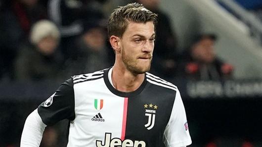Đồng đội của Ronaldo ở Juventus nhiễm Covid-19 - Ảnh 1