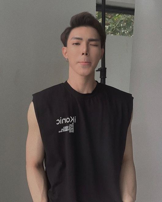 """Phong cách thời trang thay đổi ngoạn mục của Erik và Đức Phúc khi chuyển sang hình ảnh """"mỹ nam cơ bắp"""" - Ảnh 4"""