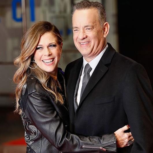 Sao Hollywood bật khóc khi hay tin vợ chồng Tom Hanks nhiễm Covid-19 - Ảnh 1