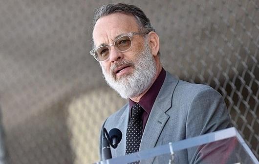 Sao Hollywood bật khóc khi hay tin vợ chồng Tom Hanks nhiễm Covid-19 - Ảnh 2