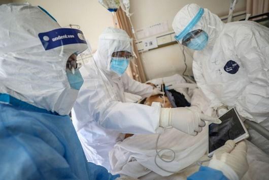 """Trung Quốc lo ngại về ca nhiễm Covid-19 """"không triệu chứng"""" ở Vũ Hán - Ảnh 1"""