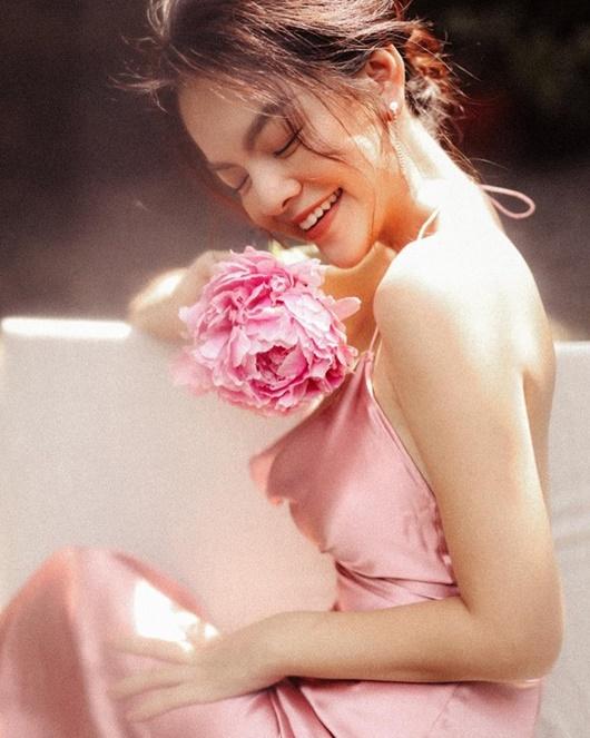 Phạm Quỳnh Anh thăng hạng nhan sắc lẫn vẻ gợi cảm sau khi ly hôn - Ảnh 5
