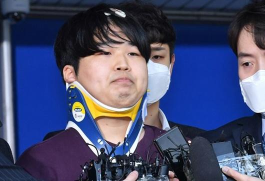 """Kẻ cầm đầu """"phòng chat tình dục"""" gây chấn động Hàn Quốc từng nhắn tin dọa giết phóng viên - Ảnh 1"""