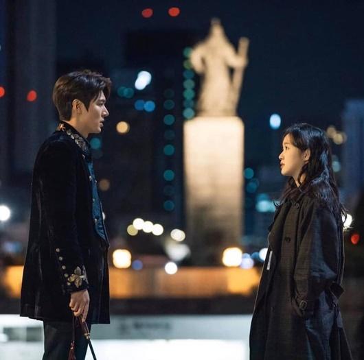 """Khoảnh khắc đối mặt """"tóe lửa"""" giữa Lee Min Ho và bạn diễn nam khiến dân tình xôn xao - Ảnh 5"""