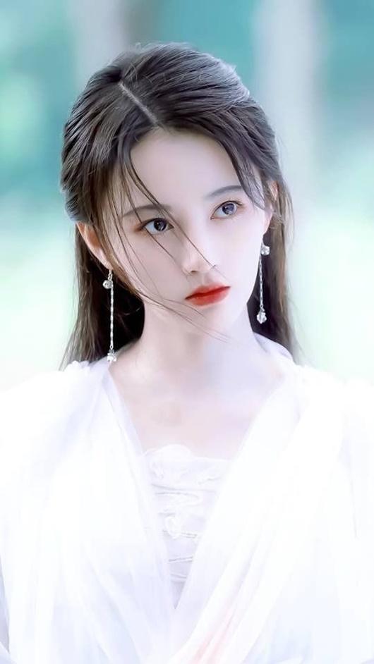 """Nhan sắc """"cực phẩm"""" của mẹ """"mỹ nữ 4000 năm"""" Cúc Tịnh Y khiến dân tình ngỡ ngàng - Ảnh 7"""