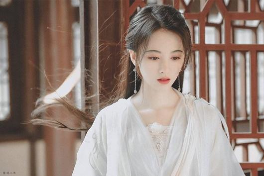 """Nhan sắc """"cực phẩm"""" của mẹ """"mỹ nữ 4000 năm"""" Cúc Tịnh Y khiến dân tình ngỡ ngàng - Ảnh 8"""
