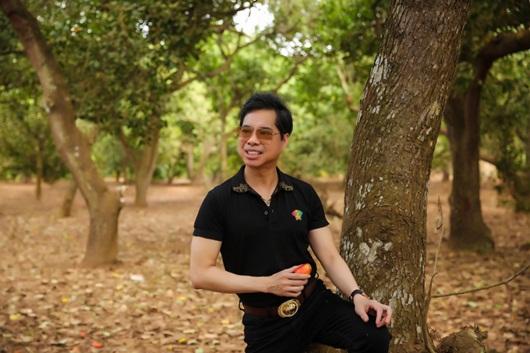 Ngọc Sơn khoe vườn cây rộng 20.000 m2 được người hâm mộ tặng - Ảnh 5