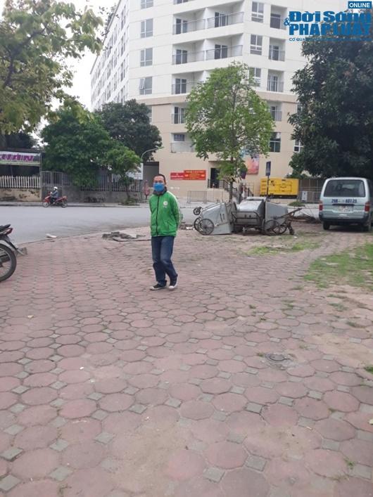 Đường phố vắng vẻ từ thành thị đến nông thôn, người dân nghiêm túc thực hiện cách ly xã hội - Ảnh 10