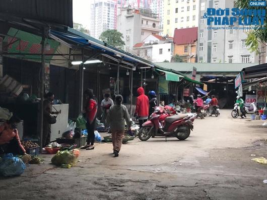 Đường phố vắng vẻ từ thành thị đến nông thôn, người dân nghiêm túc thực hiện cách ly xã hội - Ảnh 5