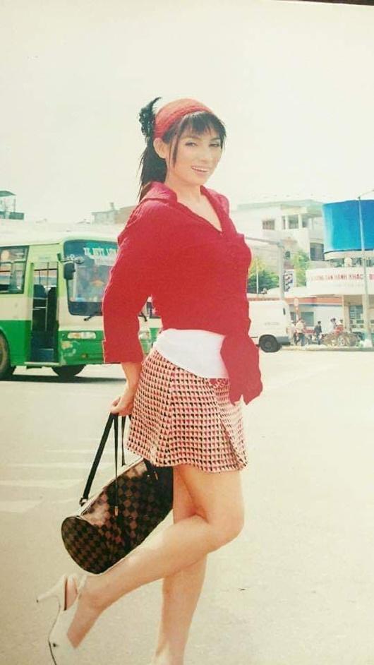 Ngỡ ngàng ngắm những bức ảnh hiếm khoe nhan sắc xinh đẹp thời trẻ của Phi Nhung - Ảnh 5