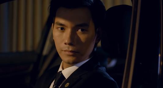 """Tình yêu và tham vọng tập 8: Sếp mới phát hiện Linh chơi trò """"hai mặt"""" - Ảnh 2"""