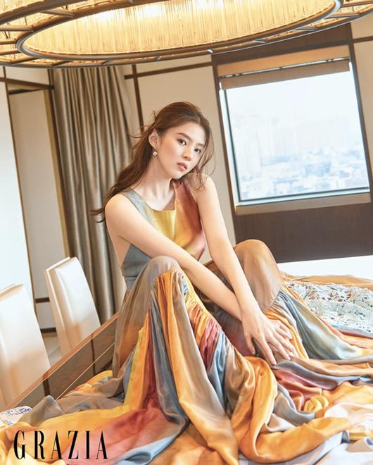 """Hé lộ về """"tiểu Song Hye Kyo"""", người thứ ba bị ghét trong """"Thế giới hôn nhân"""" - Ảnh 7"""