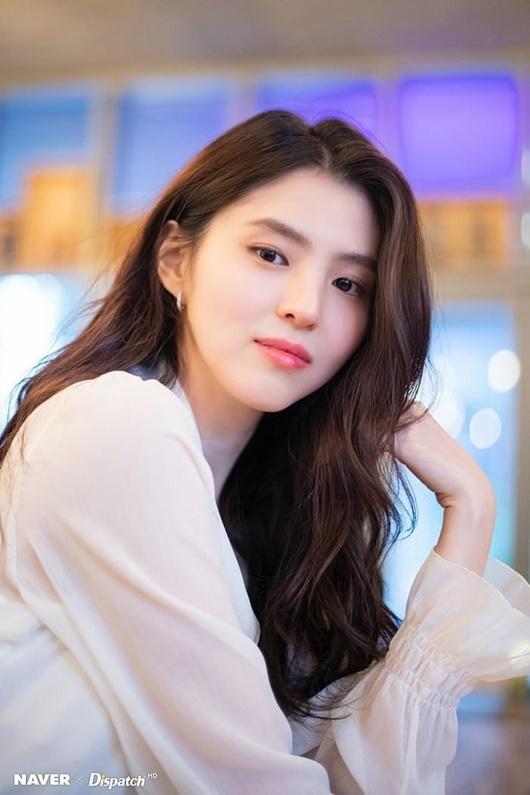 """Hé lộ về """"tiểu Song Hye Kyo"""", người thứ ba bị ghét trong """"Thế giới hôn nhân"""" - Ảnh 1"""