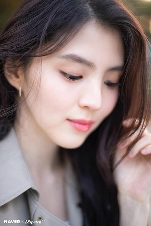 """Hé lộ về """"tiểu Song Hye Kyo"""", người thứ ba bị ghét trong """"Thế giới hôn nhân"""" - Ảnh 2"""