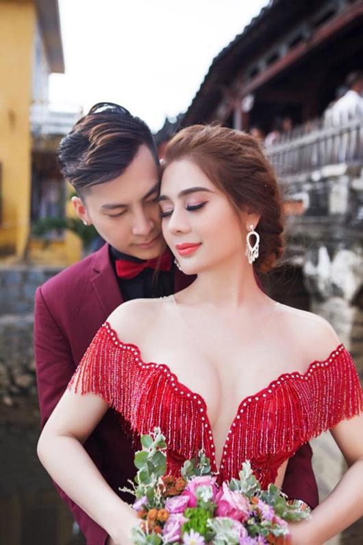 Lâm Khánh Chi lên tiếng chuyện hôn nhân rạn nứt, giải thích cho sự vắng mặt của chồng - Ảnh 1