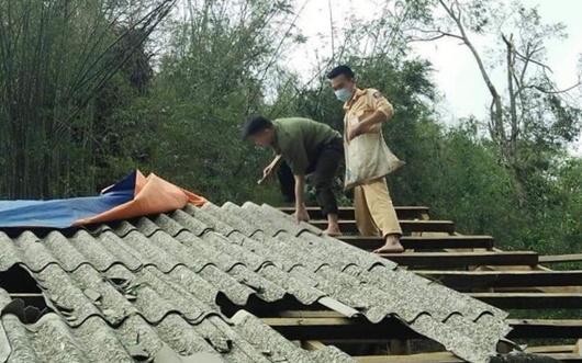 Sơn La: Mưa đá, dông lốc khiến 1 người thiệt mạng, 4 người bị thương - Ảnh 1