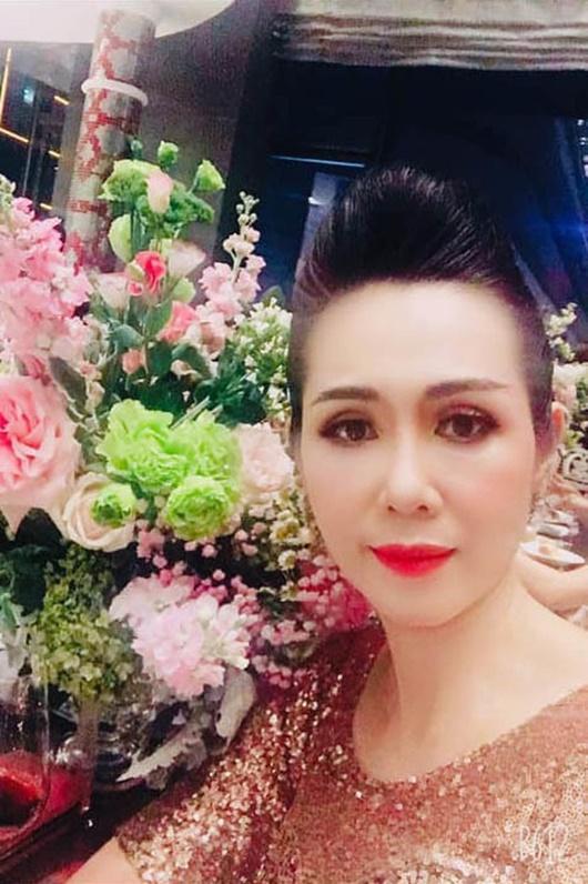 Cuộc sống của người đẹp cùng thời Hà Kiều Anh, bỏ showbiz để làm tiếp viên hàng không - Ảnh 10