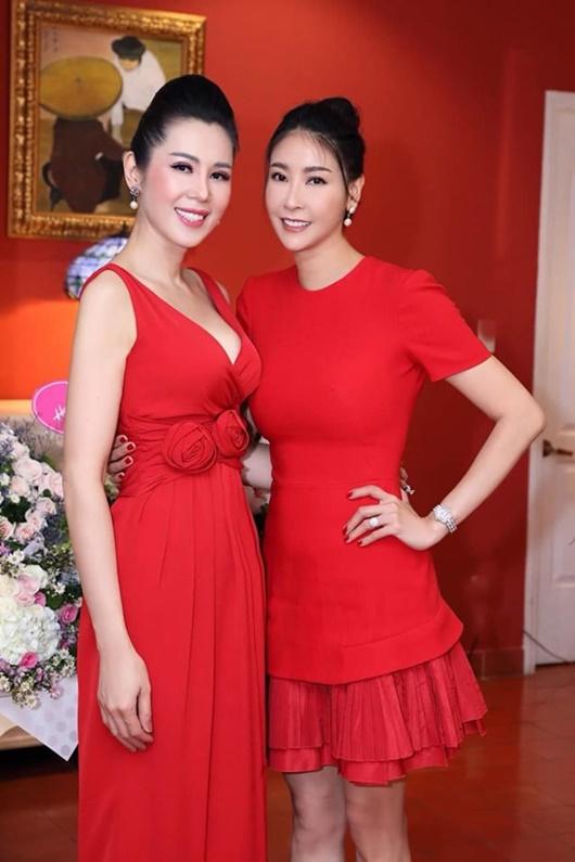 Cuộc sống của người đẹp cùng thời Hà Kiều Anh, bỏ showbiz để làm tiếp viên hàng không - Ảnh 7
