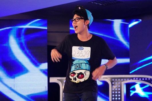 """Erik: Hành trình từ cậu bé gầy nhom ở The Voice Kids đến chàng ca sĩ """"body 6 múi"""" cơ bắp cuồn cuộn - Ảnh 2"""