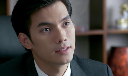 """Tình yêu và tham vọng tập 6: Pha """"thả thính"""" cao tay của Phong khiến Linh liêu xiêu - Ảnh 2"""