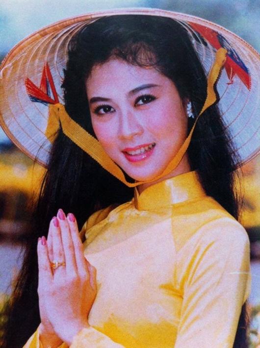 """""""Nữ hoàng ảnh lịch"""": Chuyện quá khứ khiến Diễm Hương từ bỏ đóng phim, không muốn nhắc tới - Ảnh 4"""