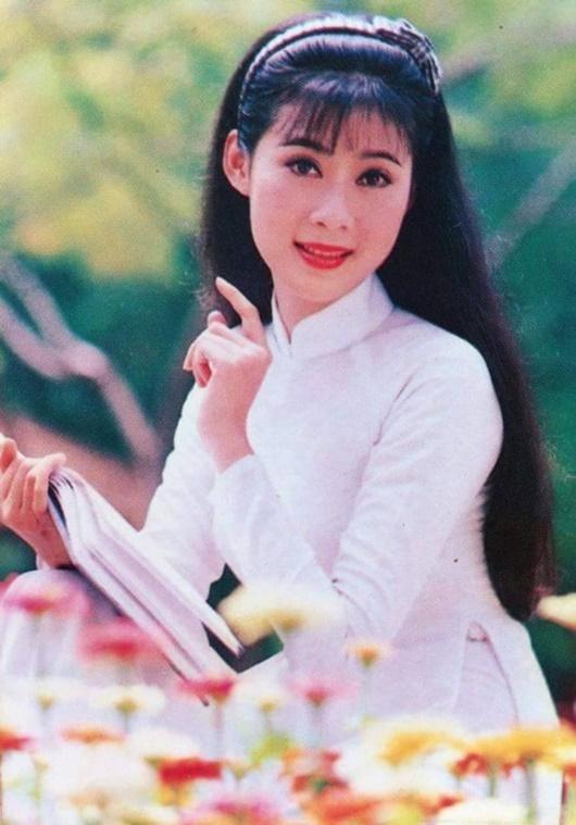 """""""Nữ hoàng ảnh lịch"""": Chuyện quá khứ khiến Diễm Hương từ bỏ đóng phim, không muốn nhắc tới - Ảnh 8"""