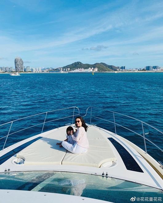 Cuộc sống sang chảnh, du lịch khắp nơi của vợ chủ tịch Taobao trước khi phát hiện chồng ngoại tình - Ảnh 8