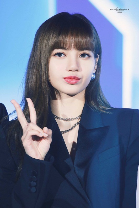 Top 10 mỹ nhân đẹp nhất châu Á 2020: Tân binh Kpop người Nhật thăng hạng, đứng đầu là cái tên quen thuộc - Ảnh 1