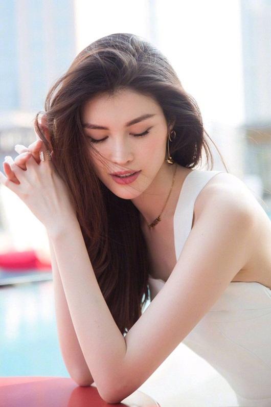 Top 10 mỹ nhân đẹp nhất châu Á 2020: Tân binh Kpop người Nhật thăng hạng, đứng đầu là cái tên quen thuộc - Ảnh 5