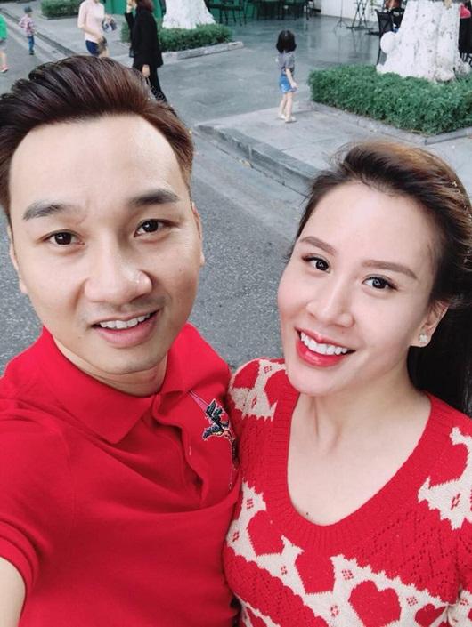 MC Thành Trung hé lộ căn hộ mới cực sang trọng tặng vợ con khiến dân tình trầm trồ - Ảnh 1