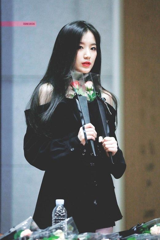 """Nhan sắc nữ idol Kpop """"dằn mặt"""" anti-fan: Đã xinh đẹp lại còn ngầu """"hết phần thiên hạ"""" - Ảnh 8"""