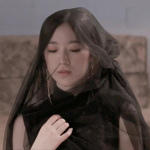 """Nhan sắc nữ idol Kpop """"dằn mặt"""" anti-fan: Đã xinh đẹp lại còn ngầu """"hết phần thiên hạ"""" - Ảnh 7"""