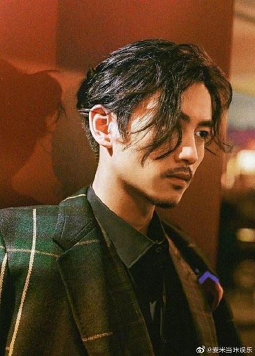 """Vương Nhất Bác """"xuống tóc"""" để tham gia """"Băng Vũ Hỏa"""", fan chỉ biết cảm thán """"soái ngây người"""" - Ảnh 8"""