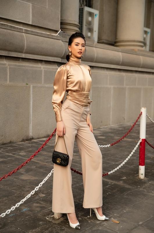 """Siêu mẫu Quỳnh Hoa: """"Có người định """"mua đứt"""" tôi 20 tỷ, nhưng tôi không làm giàu bằng cặp với đại gia"""" - Ảnh 2"""