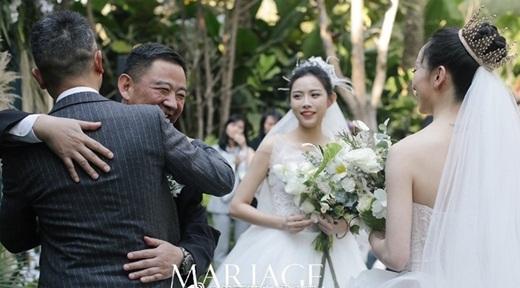 """Lễ cưới đồng tính đẹp như cổ tích của học trò """"Mai Siêu Phong"""" khiến dân mạng Cbiz xôn xao - Ảnh 4"""
