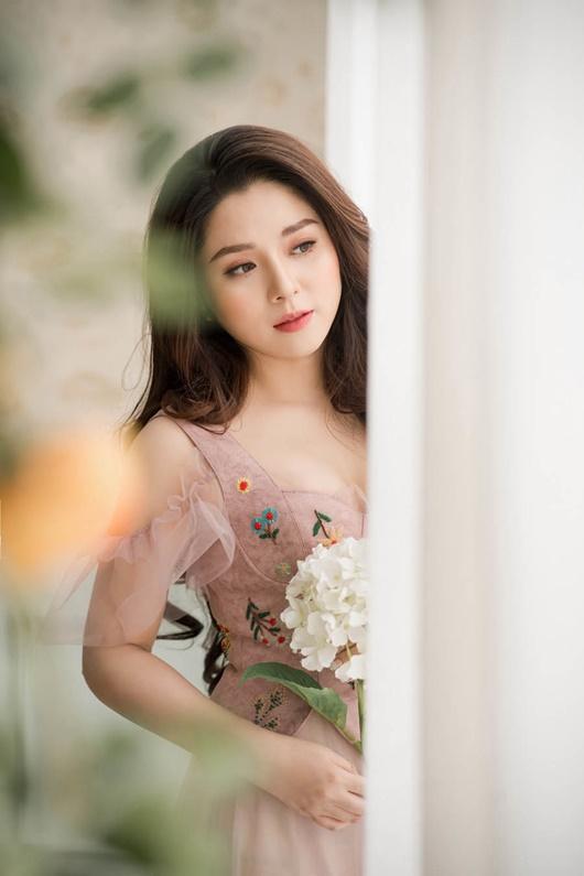 Hình ảnh xinh đẹp của MC Diệu Linh dù phải chống chọi với bệnh ung thư máu quái ác - Ảnh 10