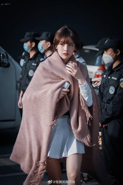 """Top 10 nữ thần tượng đẹp nhất xứ Trung: Số 1 khó ai đánh bại, bất ngờ vị trí của """"phú bà"""" Ngu Thư Hân - Ảnh 9"""