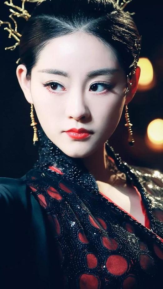 """Top mỹ nhân cổ trang Hoa ngữ: Chúc Tự Đan - Ác nữ không thể bị ghét, đến """"siêu sao vũ trụ"""" cũng """"chết mê"""" - Ảnh 4"""