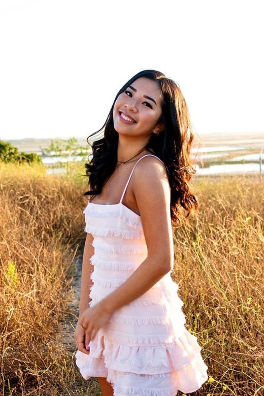 Con gái Hồng Đào - Quang Minh gây xao xuyến với nhan sắc rạng rỡ như trăng rằm - Ảnh 3