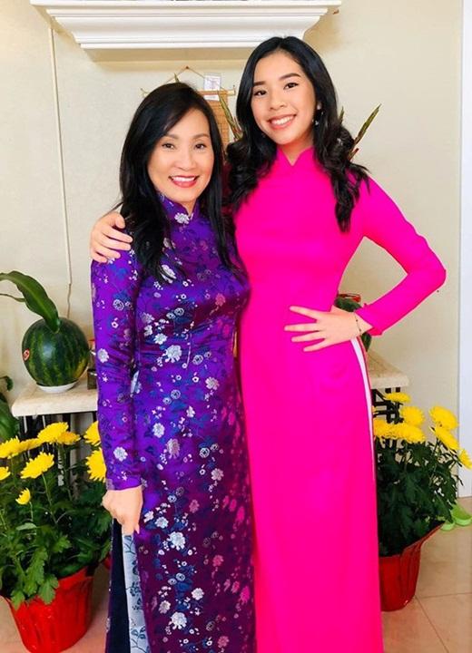 Con gái Hồng Đào - Quang Minh gây xao xuyến với nhan sắc rạng rỡ như trăng rằm - Ảnh 6